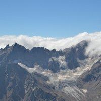 Вид с Эльбруса, h - 3800 м. :: Александр Яценко