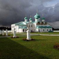 Свирьский монастырь :: Сергей Яснов