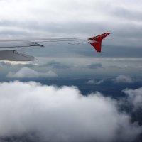Под крылом самолета... :: Ирина