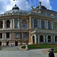 Одесский оперный :: Александр Корчемный