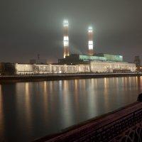 Вид на Бережковскую набережную :: Александр Лебедев