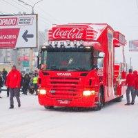 Эстафета олимпийского огня. Сначала спонсоры! :: Николаева Наталья