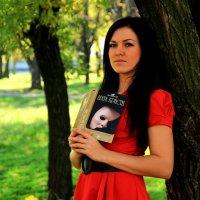 Прогулка в парке :: Nataliya Oleinik