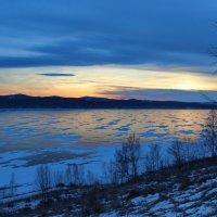 Синий отблеск заката. :: Наталья Юрова
