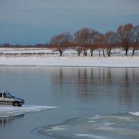 Рыбаки  отважные ребята! :-) :: Nikita Volkov
