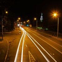 Шлейф ночных огней :: Denis Aksenov
