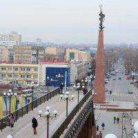 Монумент Ел-Ана на площади Ордабасы в г. Шымкенте :: Александр Грищенко