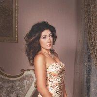 Julia :: Зарема Сатторова