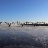 Первый железнодорожный мост через Даугаву, сооружен в 1872 году :: Mariya laimite