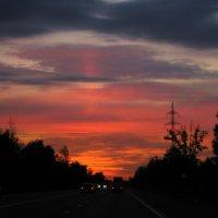 Закат на трассе :: Валерий Смирнов