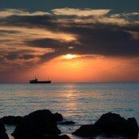 Закат над морем :: Татьяна Сандулова