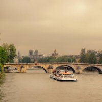 Pont Royal :: Valery
