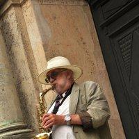 Мой саксофон поёт по вечерам :: Ирина Данилова