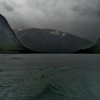 К леднику... :: Игорь Липинский