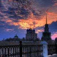 Утро ранней весной в Рязанском кремле :: Nikita Volkov