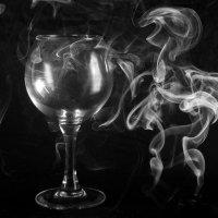 smoke-1 :: Lev Serdiukov