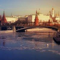 Ну, не мираж ли сказочно-небесный возник пред вами, реет и горит? :: Ирина Данилова