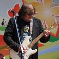 Пой, моя гитара, пой. :: Вик Токарев