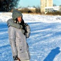 На замерзшей реке :: Роман Бендасов
