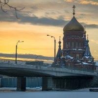 Храм Богоявления на Гутуевом острове. :: Евгений Киреев