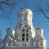 Церковь Усекновения Главы Иоанна Предтечи в Дьякове :: Александр Качалин