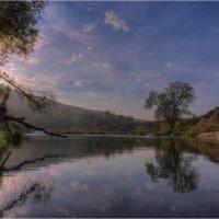 Утро на реке :: Nikita Volkov