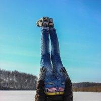 """После фразы """"посмотри на мир иначе"""" :: Petya Parkhomenko"""