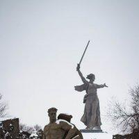 На Мамаевом Кургане тишина :: Valentina Zaytseva