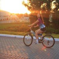 Летняя велопрогулка :: Евгения Кроткова