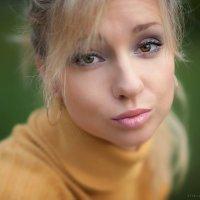 Женские глаза всегда хороши, какого бы они ни были цвета :) :: Алексей Латыш