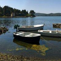В тихой бухте Тивата :: Виктор Перякин