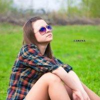 девушка и магнитофон :: anna Larionova