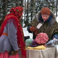 Торговля на бойком месте :: Алёна Михеева