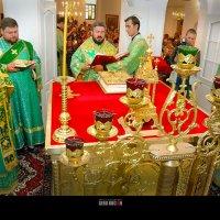 Освящение Алтаря храма Св.Георгия в Харькове :: Serg Kocian