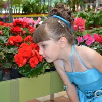 В цветочном магазине. :: Анатолий