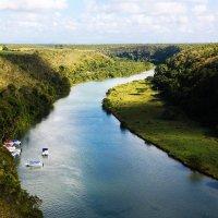 Панорама долины реки Чавон. :: Анастасия Самигуллина