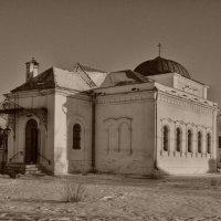 Старая церковь :: Юрий Кудрявцев