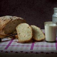 хлебушек с молоком :: kram