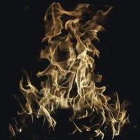 Огненный призрак :: Людмила Синицына