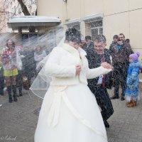 Праздничный туш.....ииии....шампанского душшшш!!!!!!   )))) :: Виталий Левшов
