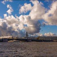 Дворцовый мост :: Валентин Яруллин