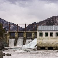 Чемальская ГЭС :: Ульяна Сафронова