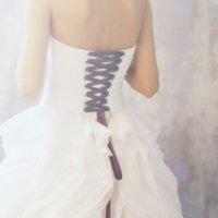 белое платье :: Юлия Рожкова