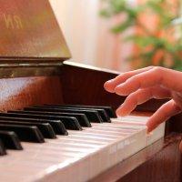 Пианистка:) :: Евгения Пестерева