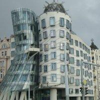 Танцующие здания :: svk