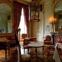 во дворце Малый Трианон :: Александр Корчемный