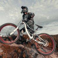 парень на велосипеде -2 / DOWNHILL :: APG PavelAlexeev