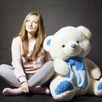 Маша и медведь :: Сергей Голошейкин
