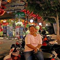 Таиланд. Чанг-Май. Тайская женщина в стиле Кустодиева :: Владимир Шибинский