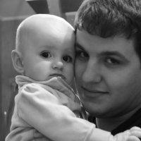Лизочка с папочкой :: Нюра Жадан